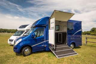 Equihunter Arena 3.5t Horsebox