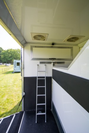 Our Equihunter Arena 3.5t Demonstrator is available to view at the Felbridge Show Centre. Just call 01342 821100 or 07904 818389 or email sales@equihunter.com to arrange to come and see us......