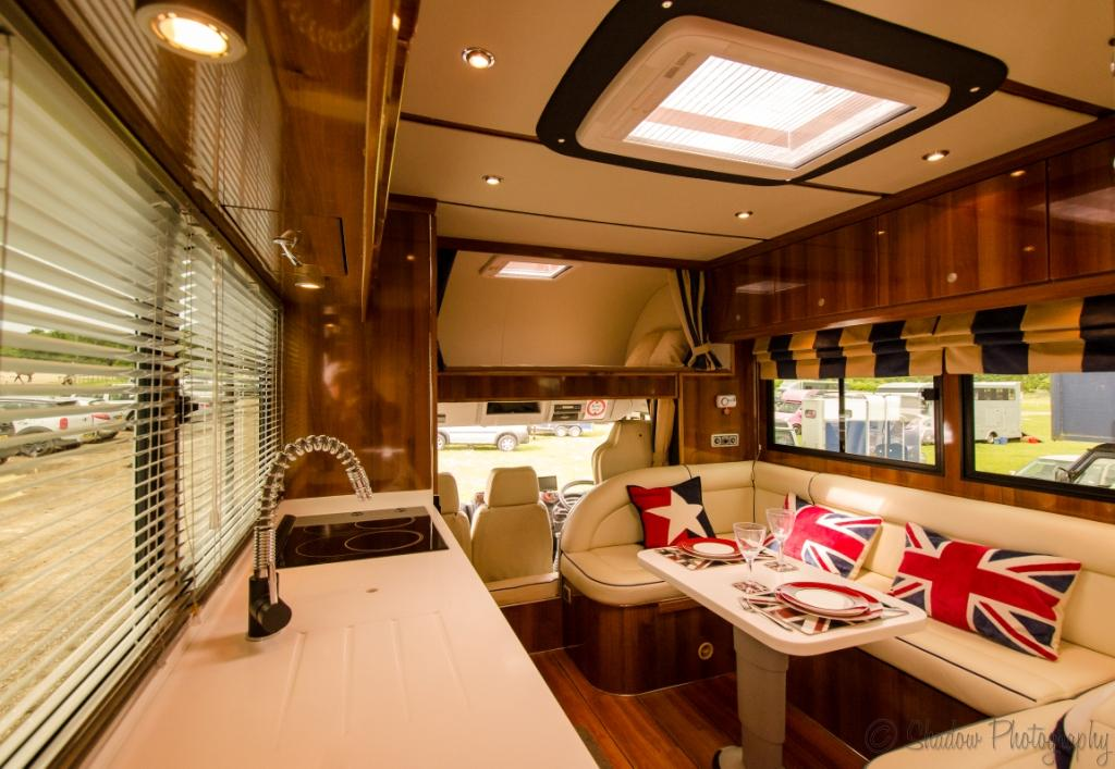 Equihunter Luxury Horsebox Manufacturers