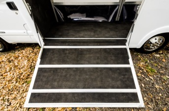 Equihunter Arena 3.5 Tonne Horsebox Ramp