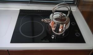 The Dometic  Ceramic LPG Gas Hob in black