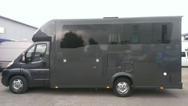 Equihunter Encore 45 - 4.5t Horsebox