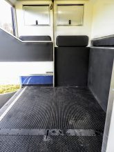 Equihunter Avanti 3.5 Tonne Horsebox for sale