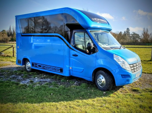 The Equihunter Arena 3.5t Horsebox finished in Porsche Mexico Blue