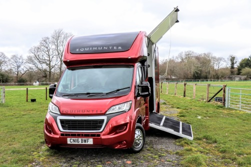 Equihunter Arena 3-5t Horsebox