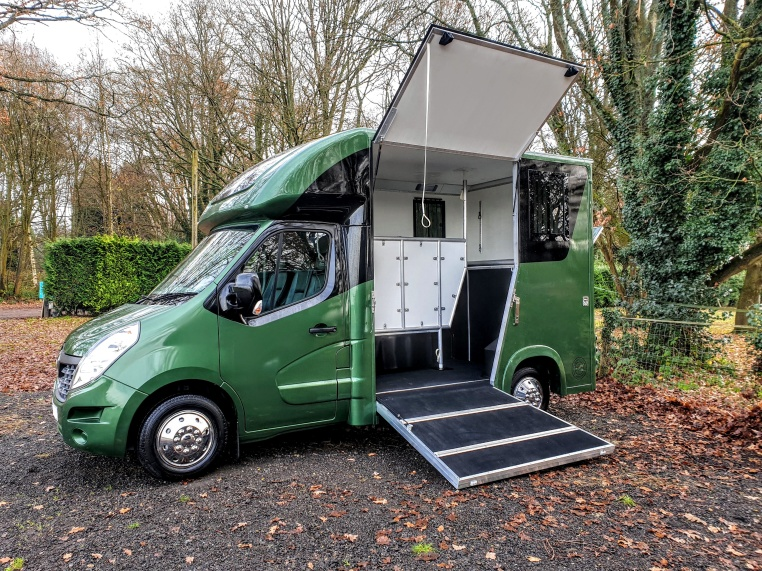 The Equihunter Aurora 3.5 Tonne Horsebox