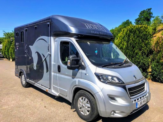 Used Equi-Trek 4,005 kgs Tonne Two Stall Horsebox For Sale