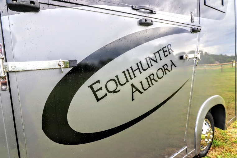 Equihunter Aurora Graphics
