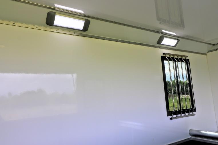 Equihunter Aurora Horse Area High Intensity LED Lighting